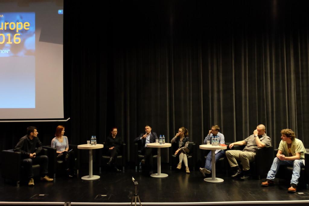 Od lewej: członkowie Koła (Paweł Sitarz i Dominika Warda), Martyna Wojtaś, dr Agenor Hofmann-Delbor, Olga Rudnicka, Dawid Dorynek, Piotr Burzykowski and Maciej Kur.